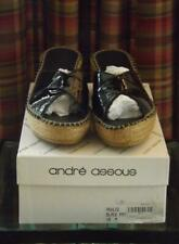 MIB Andre Assous Ashlee Criss Cross Black Patent Leather Slide Shoe Sandal Sz 10