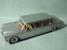 MERCEDES  BENZ  600  PULLMAN  VITESSE   HIGH  QUALITY  1/43  RARE  ET  EPUISEE