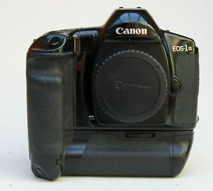 PROFESSIONAL CANON EOS 1N 35mm FILM CAMERA BODY WITH CANON E-1 POWER BOOSTER