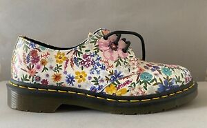 Dr Marten, floral, lace up, Size 6, 39, funky, flower design, DM's, unusual.