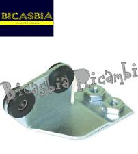 10077 - STAFFA BOBINA CENTRALINA CON GOMMINI VESPA 125 150 200 PX