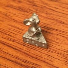 MINI METAL MOUSE ON CHEESE 1/2 INCH DOLLHOUSE CAN BE PAINTED SO CUTE!