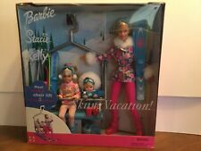 Barbie 2000 SKIING VACATION Stacie Kelly Dolls Ski Lift Winter Gift Set NIB