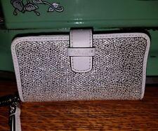 COACH NEW YORK WHITE SILVER SPARKLE METALLIC LEATHR ID CARD PHONE WRISTLT WALLET