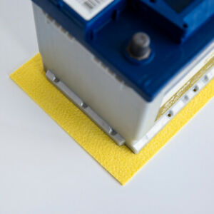 The original acid neutralising Battery Mat® – for cars, vans, boats etc