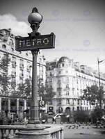 PHOTO LANDMARK RETRO METRO SIGN PARIS FRANCE BLACK WHITE POSTER PRINT BMP10974