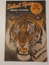 1952 DETROIT TIGERS OFFICIAL SCORE BOOK IN GOOD CONDITION - BOX C