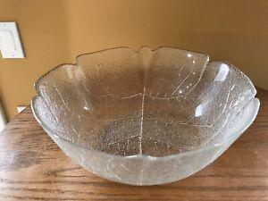 """Arcoroc Large Aspen Leaf Vintage Embossed Glass Serving/Salad/Fruit/ Bowl 10.75"""""""