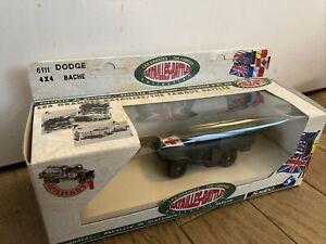 SOLIDO 6111 Dodge 4 x 4 Bache Les Grandes Batailles Boite originale