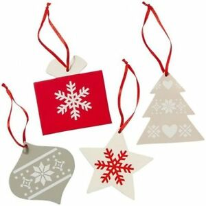 Avon set of 4 Christmas tree decorations new in box