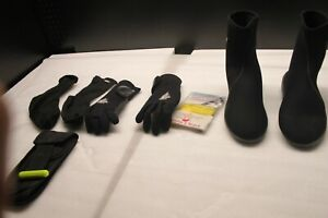 DEEP SEE Black Neoprene Scuba Dive Boots Booties and gloves Size 10