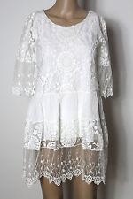 Italy Kleid Gr. M/L/38 weiß A-Linie Kleid/Hängerchen aus bestickter Spitze