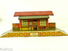Schöner Bahnhof mit Laden und Bahnsteig, Haus,20/30er Jahre, Made in England