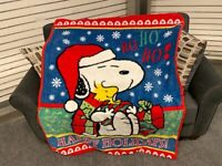 Peanuts Snoopy Happy Holidays Woodstock Soft Plush Fleece Throw Blanket NEW
