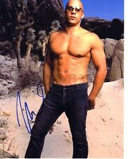GAY INT SHIRTLESS VIN DIESEL SIGNED PHOTO