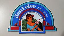 Adesivo Sticker DENI CLER pret a porter  cm 18 x 12 circa  Vintage