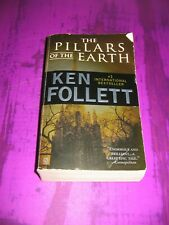 The Pillars of the Earth by Ken Follett - Paperback Softcover PB