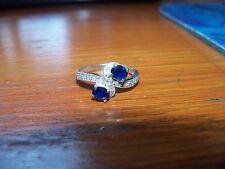 14 Karat White Gold Oval Blue Sapphires & Round Diamonds Ring Size 8 EUC