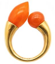 LIU FENG, HONG KONG, 18 KT TOI ET MOI RING WITH ANCIENT ROMAN RED AGATE CARVINGS