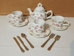 Delton Porcelain Teapot, Tea Cup & Saucer PINK ROSE