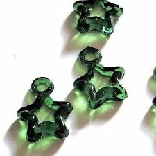 30 Pcs 16mm Acrylic Plastic Star Charm Pendants - Emerald Green - A5146
