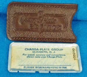 Vintage 1940's ChargA-Plate in its original Leather Case, Elizabeth, NJ