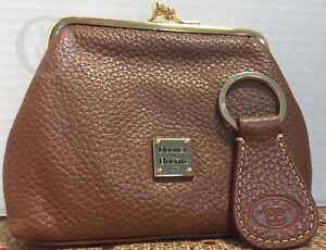 *Dooney & Bourke *Tan Leather*Credit Card Kiss Lock Wallet & Key Ring #17322D