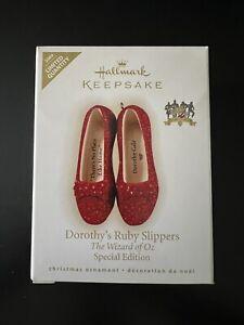 2009 Hallmark Keepsake Dorothy's Ruby Slippers Wizard of Oz Limited ornament NIB