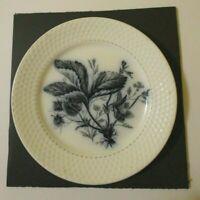 "ANTIQUE FLOW BLUE Cabinet PLATE Botanical Strawberry 7.75"" PR Maastricht c 1880"