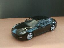 PORSCHE PANAMERA LIMITED EDITION ADULT COLLECTIBLE 1/64 SCALE DIORAMA CAR