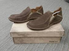 NIB Born Men's H17117 Carsten Taupe Suede Slip On Casual Shoe Size 11