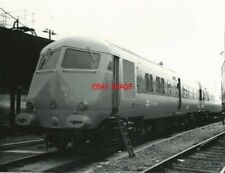 PHOTO  W60096 METROPOLITAN CAMMELL CLASS 251 8-CAR BLUE PULLMAN DMU FOR WORKING