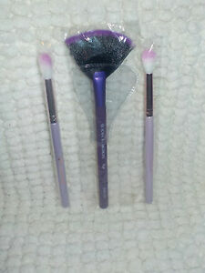 "Ipsy 3 Beauty Brush for Face & Eyes Plus a Free Silver Bag ""Best Deal"""