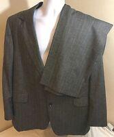 Hunter Ridge Men's Suit Gray w/ Subtle Multicolor Stripes 44R 44 R 41 x 28 pants
