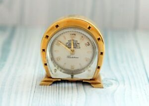 STOLICHNIE horseshoe USSR vintage mechanical desktop small CLOCK Metropolitan