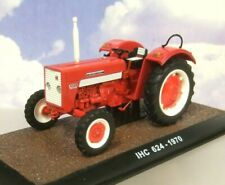 ATLAS DIECAST 1/32 1970 MCCORMICK INTERNATIONAL HARVESTER IHC 624 TRACTOR IN RED