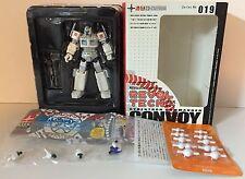 ULTRA MAGNUS Convoy 019 REVOLTECH Kaiyodo TRANSFORMERS Optimus Prime 2006