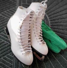 New listing Ccm Finesse Women's Figure Skates Size 8.5