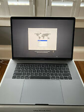 """Apple MacBook Pro 15"""" 8-Core Intel i9 2.4Ghz 1TB SSD 32GB DDR4 Vega Pro 20"""
