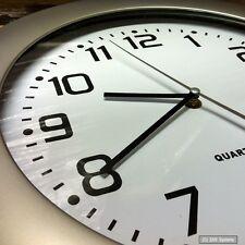 NEU: 35cm Wanduhr Bahnhofsuhr Uhr Quartzuhr XXL im Silver Look, Neu & OVP