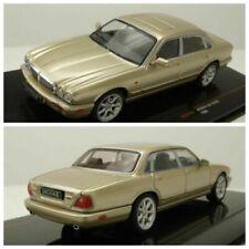 Auto di modellismo statico IXO per Jaguar