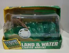 Backyard Safari Outfitters Land and Water Lighted Habitat for Tadpoles Frogs New