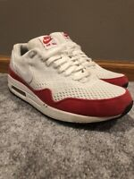 Air Max 1 White University Red Size 10! Used 554718-161 Classic Air Max!
