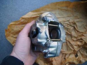 volvo 142 144 sept 1969- aug 71 rear brake caliper new genuine girling 64032298