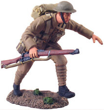 BRITAINS SOLDIERS 23016 British Infantry Advancing #1