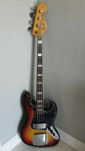 Fender E Bass mit einem Fender Micro-Neck und Fender Koffer