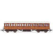 HORNBY Coach R4573A LNER Thompson Suburban 3rd Class 82646
