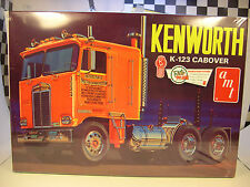 KENWORTH K123 CABOVER AMT 1:25 SCALE RETRO DELUXE PLASTIC MODEL TRUCK KIT