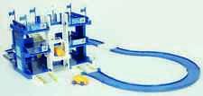 Original VW Kinder Parkhaus Garage Spielstrasse incl. 2 Autos 000087550A -NEU-