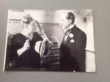 """CHARLIE CHAPLIN - """" MONSIEUR VERDOUX """" - PHOTO DE PRESSE  13x18cm"""